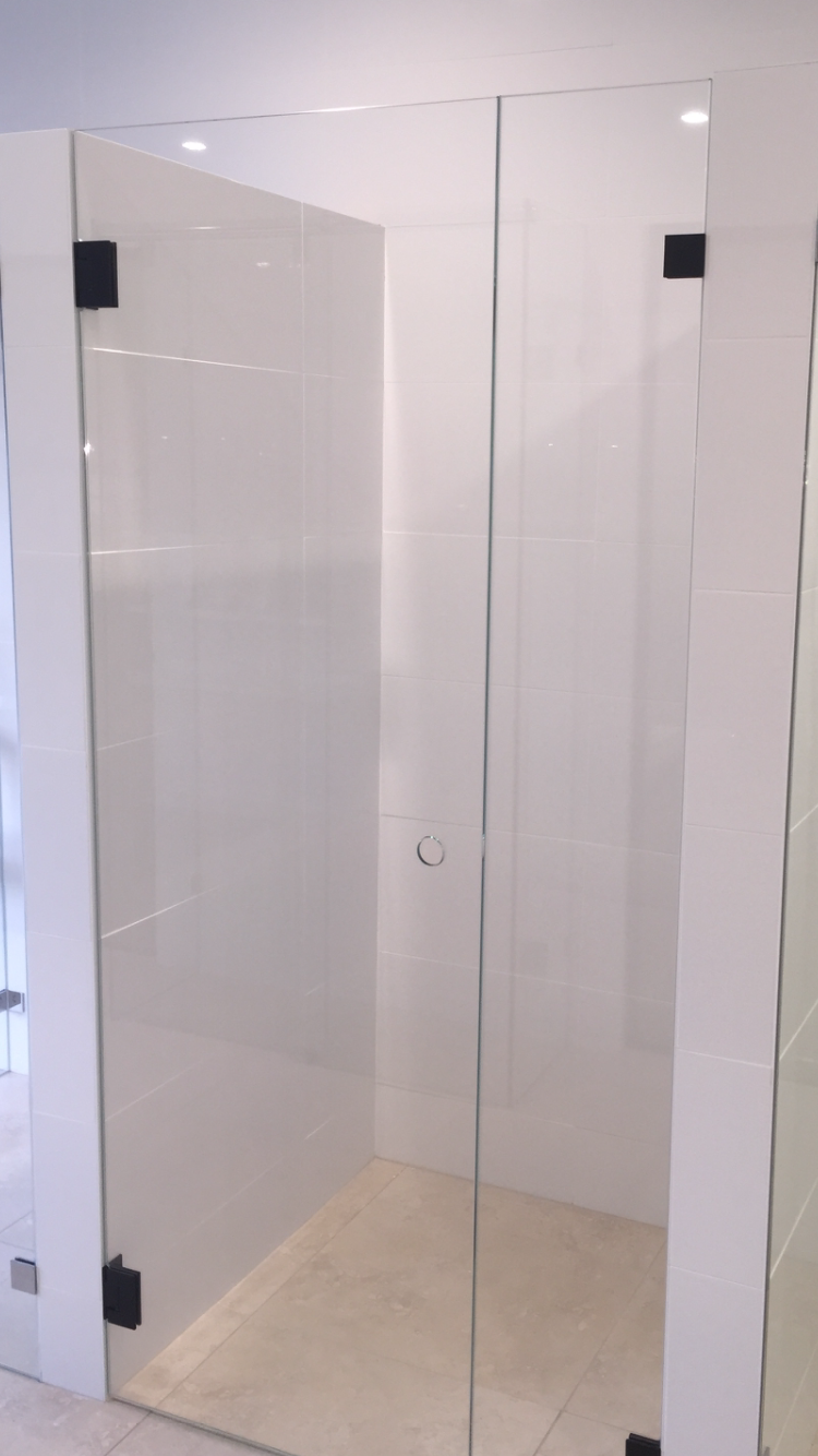 Frameless Shower Screen Black Hardware