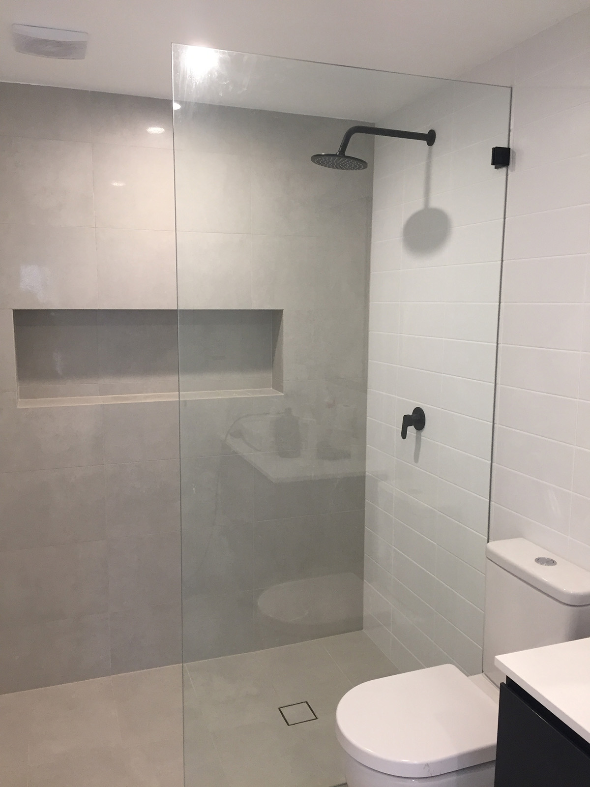 Framless Shower Glass For Wet Room
