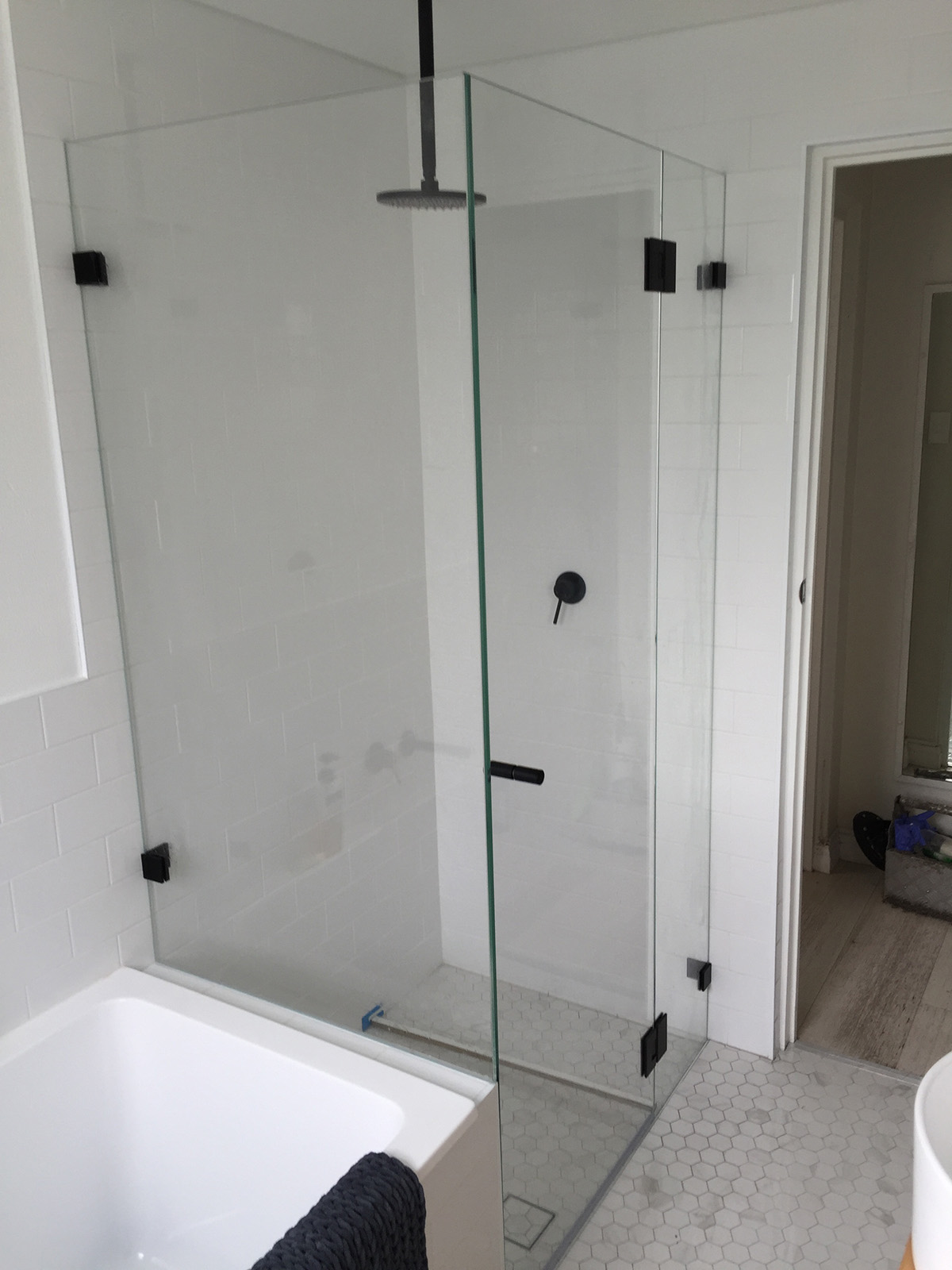 Frameless Shower Screens In Northern Beaches Amp Sydney